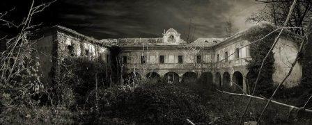 002-corte-villa-giardino-5906-sepia1