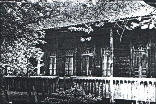 სახლი ჩოხატაურის რაიონის სოფელ ხიდისთავში, სადაც დაიბადა ანა კალანდაძე