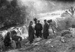 ესმა - სამი სიცოცხლე; იერემია წარბა - დიმიტრი ყიფიანი, მარტვილის ჩანჩქერთან, 1924