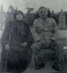 გიორგი ლეონიძე და ვაჟა-ფშაველას მეუღლე თამარი, 1950 წ.