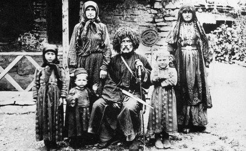 ვაჟა-ფშაველას ოჯახი