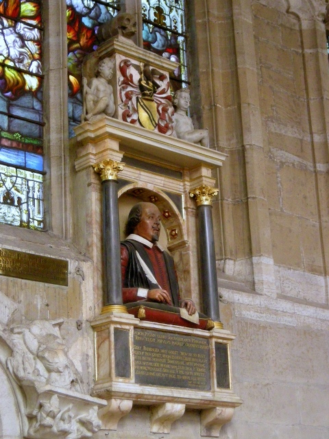 Homage to William Shakespeare, Little shrine dealio in Holy Trinity Church