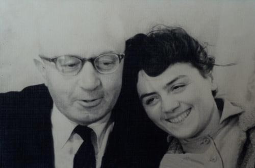 შალვა რადიანი და მისი მეუღლე ქეთევან ირემაძე, რომლებიც რეპრესიის წლეში ზრუნავდნენ მიხეილ ჯავახიშვილის სახლზე და ოჯახზე