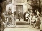კონსტანტინე სტანისლავსკი ილიას საფლავთან მთაწმინდაზე, 1924 წ