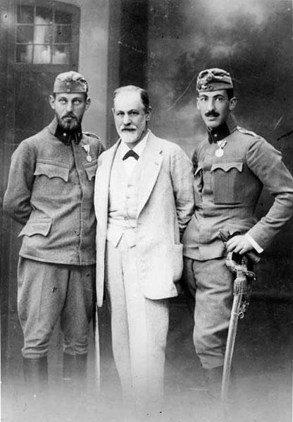 ვაჟებთან ერთად, 1916 წ.