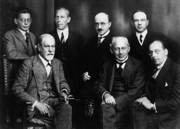 ფსიქოანალიზის საიდუმლო კომიტეტი: ო. რანკი, კ. აბრახამი, მ. ეიტინგონი, ე. ჯონსი, ზ. ფროიდი, შ. ფერენცი, გ. ზაქსი, ბერლინი, 1922 წ.