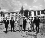 ილია ვეკუა - ნოვოსიმბირსკის სახელმწიფო უნივერსიტეტის პირველი რექტორი სტუდენტებთან
