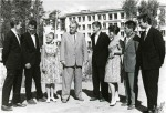 ილია ვეკუა ნოვოსიმბირსკის სახელმწიფო უნივერსიტეტის სტუდენტებთან, 1962 წ.