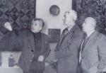 მარჯვნიდან მარცხნივ გრიგოლ აბაშიძე, კონსტანტინე სიმონოვი, გოგი თოთიბაძე, თბილისის სამხატვრო აკადემიის მუზეუმი
