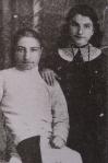 ვიქტორ ნოზაძე და მისი და - მარო