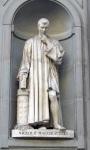 Niccolo Machiavelli Statue at the Uffizi